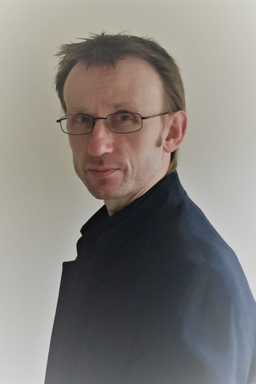 Sean Kyle - Independent Online Counsellor and Psychotherapist / Life Coach